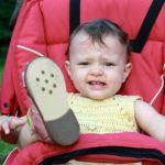 チャイルドシートで泣く・ぐずる赤ちゃんへの対処法まとめ!のサムネイル画像