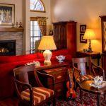 憧れのインテリア、おしゃれで素敵なアンティーク家具の魅力!のサムネイル画像
