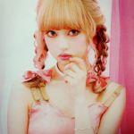 大人気の三つ編みヘアアレンジ×リボンが可愛すぎるんです♡のサムネイル画像