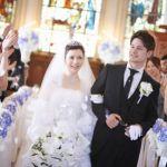 知っておかないと恥ずかしい!?男性女性の結婚式の服装マナーのサムネイル画像