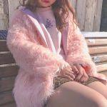 ピンクジャケットで女の子コーデ!おしゃれな着こなしをしよう!のサムネイル画像