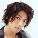 【画像あり】今話題の斉藤工になれる、美容師さんのお勧めパーマヘヤーとは?!のサムネイル画像