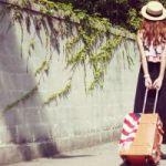 【大人可愛い!】紺色のスカートでコーディネートの幅を広げよう!のサムネイル画像
