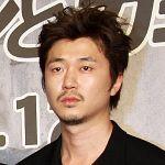 新井浩文さん出演の最新映画『寄生獣 完結編』最新情報いろいろ~のサムネイル画像