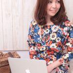 大阪・梅田は今日も元気! ちょい派手めがいいモデル風コーデのサムネイル画像