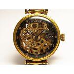スイスのオメガ。アンティーク時計には、根強い人気があります。のサムネイル画像