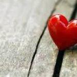 一目惚れの心理とは?どういった心のメカニズムで一目惚れがおこる?のサムネイル画像