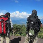登山をするときに必要なものは何か、レディース向け登山用品についてのサムネイル画像