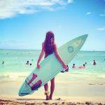 もう夏はすぐそこ!海で注目の的になれるファッションをご紹介のサムネイル画像