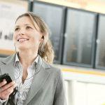 ビジネスファッション!レディーススーツはオフィスワークにおすすめのサムネイル画像