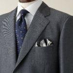 スーツにぴったり!色々なデザインのおしゃれな小物をご紹介します☆のサムネイル画像