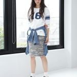 大人かわいいスタイルにおすすめ。迷彩柄タイトスカートの紹介!のサムネイル画像