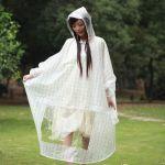 雨の日も楽しく♪おしゃれなレディースのレインコートをご紹介しますのサムネイル画像