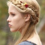 慣れれば簡単!前髪編み込みアレンジで可愛くイメチェンしようのサムネイル画像
