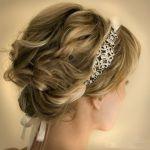 【ゲスト用☆】結婚式のお呼ばれヘアはカチューシャをプラス♪のサムネイル画像