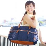 旅行にはレディースに人気のボストンバッグを持って出かけよう♪のサムネイル画像