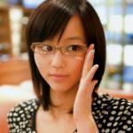 様々な素材と形のおしゃれな眼鏡フレーム、あなたのお好みはどれ?のサムネイル画像
