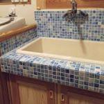 タイル張りで魅せる☆おしゃれな洗面台。生まれ変わる洗面台のサムネイル画像