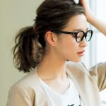 簡単でおしゃれ!ミディアムヘアのまとめ髪アレンジをご紹介!のサムネイル画像