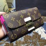 レディースの人気ブランドの長財布を持ってお出かけしよう♡のサムネイル画像
