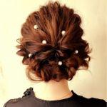 【披露宴にお勧めの髪型】髪の長さ別にお洒落な髪型ご紹介!のサムネイル画像