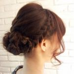 ミディアムヘアアレンジは編み込みでおしゃれを楽しみましょう!のサムネイル画像