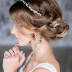 【結婚式】一番輝く愛され花嫁に♡なりたい・したい髪型まとめのサムネイル画像