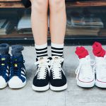 お洒落女子必見!スニーカー&靴下コーデでもっとおしゃれになろう♡のサムネイル画像