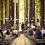 【素敵☆】お呼ばれした華やかな結婚式の席にふさわしいバッグのサムネイル画像