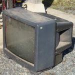 あなたの家の奥に隠れているブラウン管テレビを処分しませんか?のサムネイル画像
