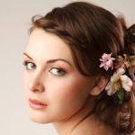 結婚式髪型アレンジ集♪シュート&ショートボブを華やかにするには?のサムネイル画像