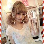 モデル★中村 里砂ちゃん中村雅俊さんの娘さんだって知ってますか?のサムネイル画像