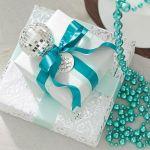 クリスマスプレゼントは何にしよう?カップル向けのペアプレゼントのサムネイル画像