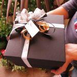 恋人同士のプレゼント選び!あなたは何を彼氏、彼女にあげますか?のサムネイル画像