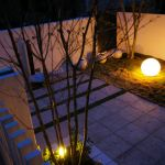 夜もずっとここにいたい☆オシャレな照明で落ち着くガーデン空間☆のサムネイル画像