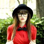 【蝶ネクタイ&シャツ】レディースの蝶ネクタイファッション♡のサムネイル画像