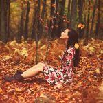 秋はどんな服装でお出かけする?小物を使ってオシャレにしましょう♡のサムネイル画像