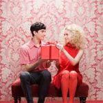 男性に知ってほしい!妻がもらって嬉しい結婚記念日のプレゼントのサムネイル画像