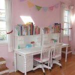 狭いお部屋にオススメ!コンパクトサイズの学習机をご紹介します!のサムネイル画像