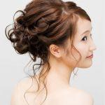 ロングヘアを活かして、ドレスに似合う髪型を自分で作ろう♪のサムネイル画像