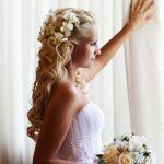 結婚式の髪型に悩む花嫁さんにステキなハーフアップをご紹介♪のサムネイル画像