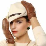 手元もおしゃれに魅力的に♪レディースの革手袋で素敵コーデに♡のサムネイル画像