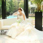 先輩花嫁が大絶賛!おすすめウェディングドレスの人気ブランド6選!のサムネイル画像