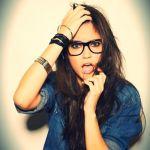 メガネ買うなら断然お洒落な黒ふち!メガネ選びで失敗しない方法は?のサムネイル画像
