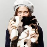 ミリタリーのイメージを払拭するレディース用迷彩柄の鞄が今人気!のサムネイル画像