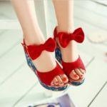 【マンネリコーデ注意】赤い靴を履いて女っぷりをグンとあげましょうのサムネイル画像