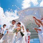 意外と手が届く?!憧れの海外で結婚式を挙げるメリットと費用のサムネイル画像