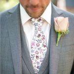 大人女子必見!記念日に彼に贈りたい、花柄ネクタイの選び方のサムネイル画像