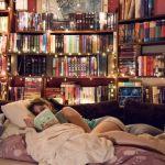 泊まれる本屋?!話題の【BOOK AND BED TOKYO】が大人女子に大人気のサムネイル画像