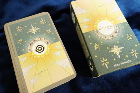 タロットカード-箱